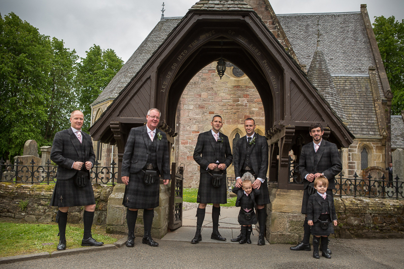 Lodge-on-The-Loch-Wedding-photographs-008