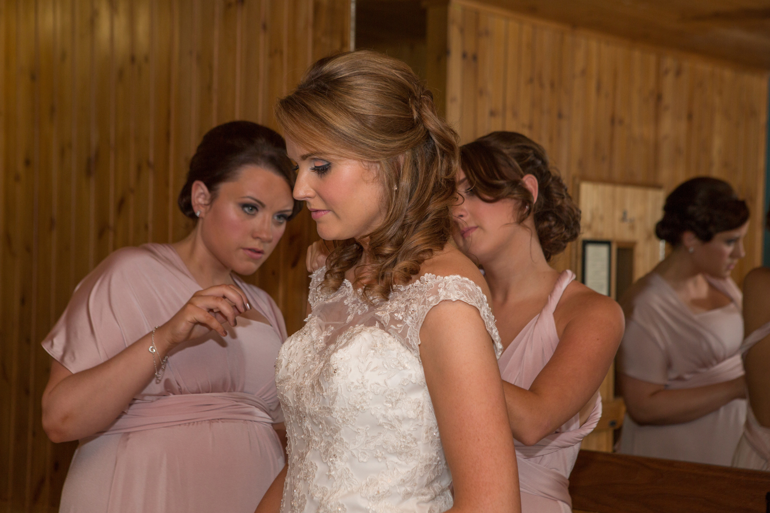 Wedding-photography-Lodge-on-The-Loch-005