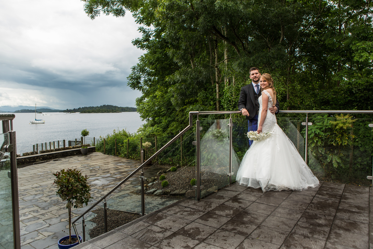 Wedding-photography-Lodge-on-The-Loch-010