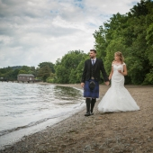 Wedding-photography-Lodge-on-The-Loch-017.jpg