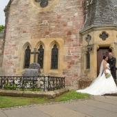 Lodge-on-The-Loch-Wedding-photographs-019.jpg