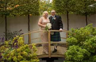 wedding photographers Glynhill hotel