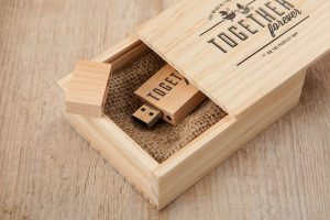 wooden-usb-box-10