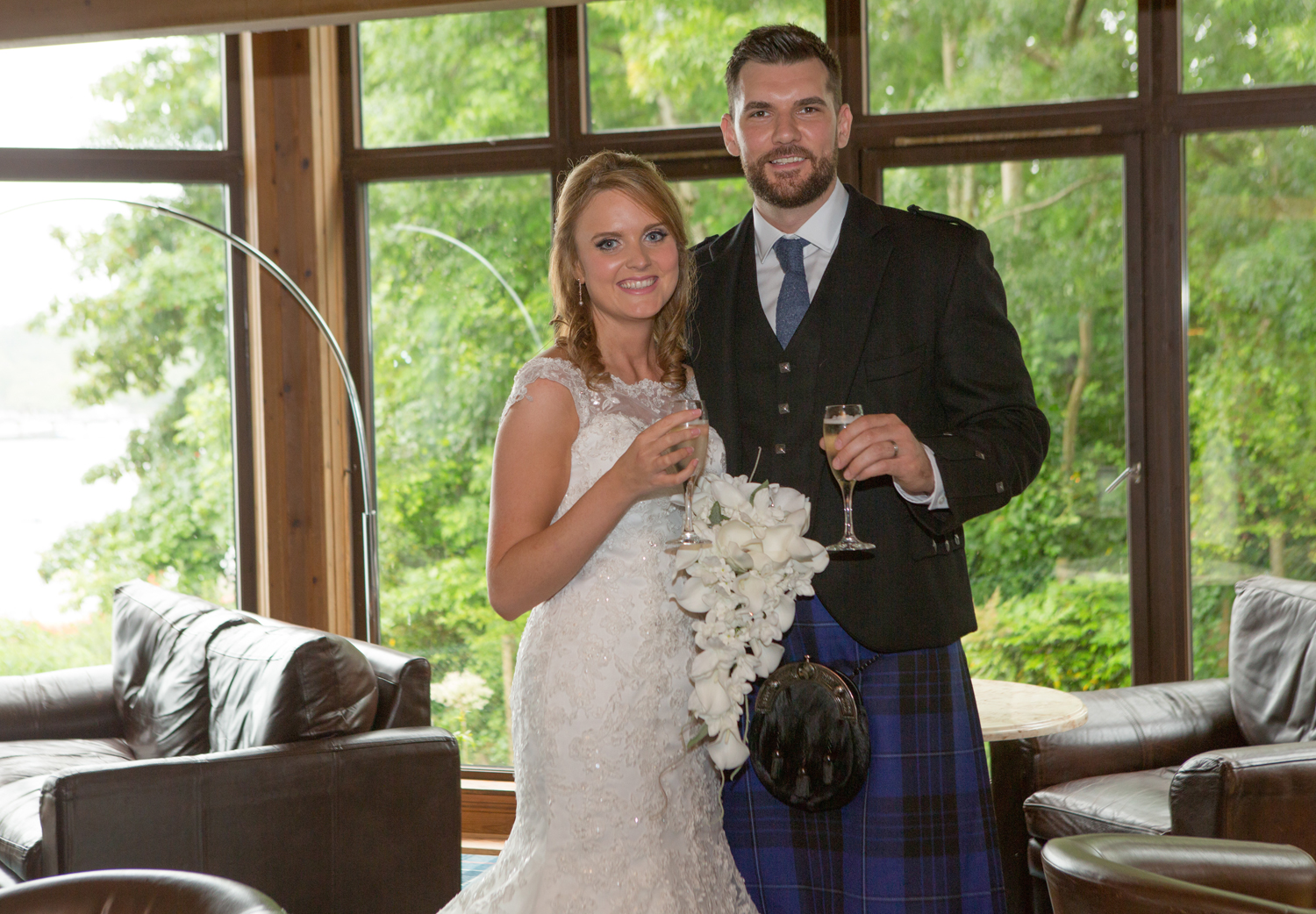 Wedding-photography-Lodge-on-The-Loch-007