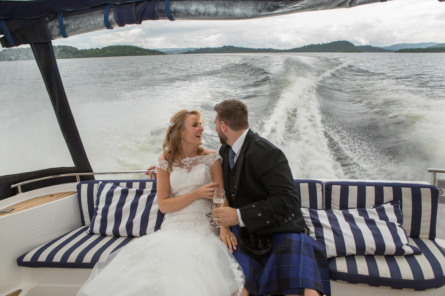 Wedding-photography-Lodge-on-The-Loch-013