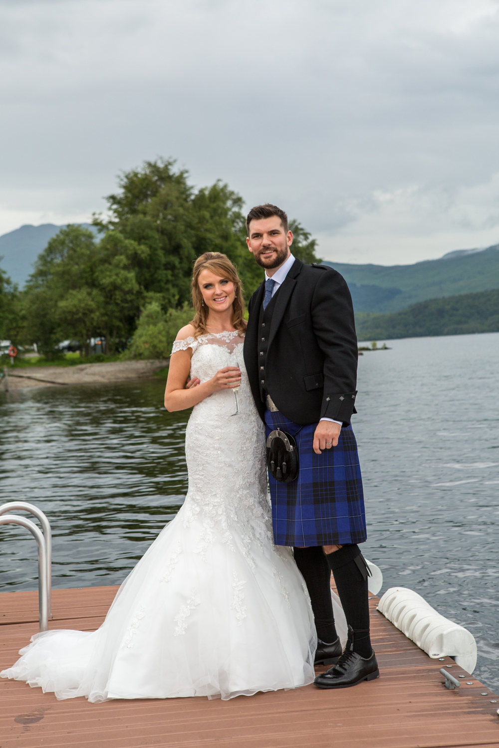 Wedding-photography-Lodge-on-The-Loch-015