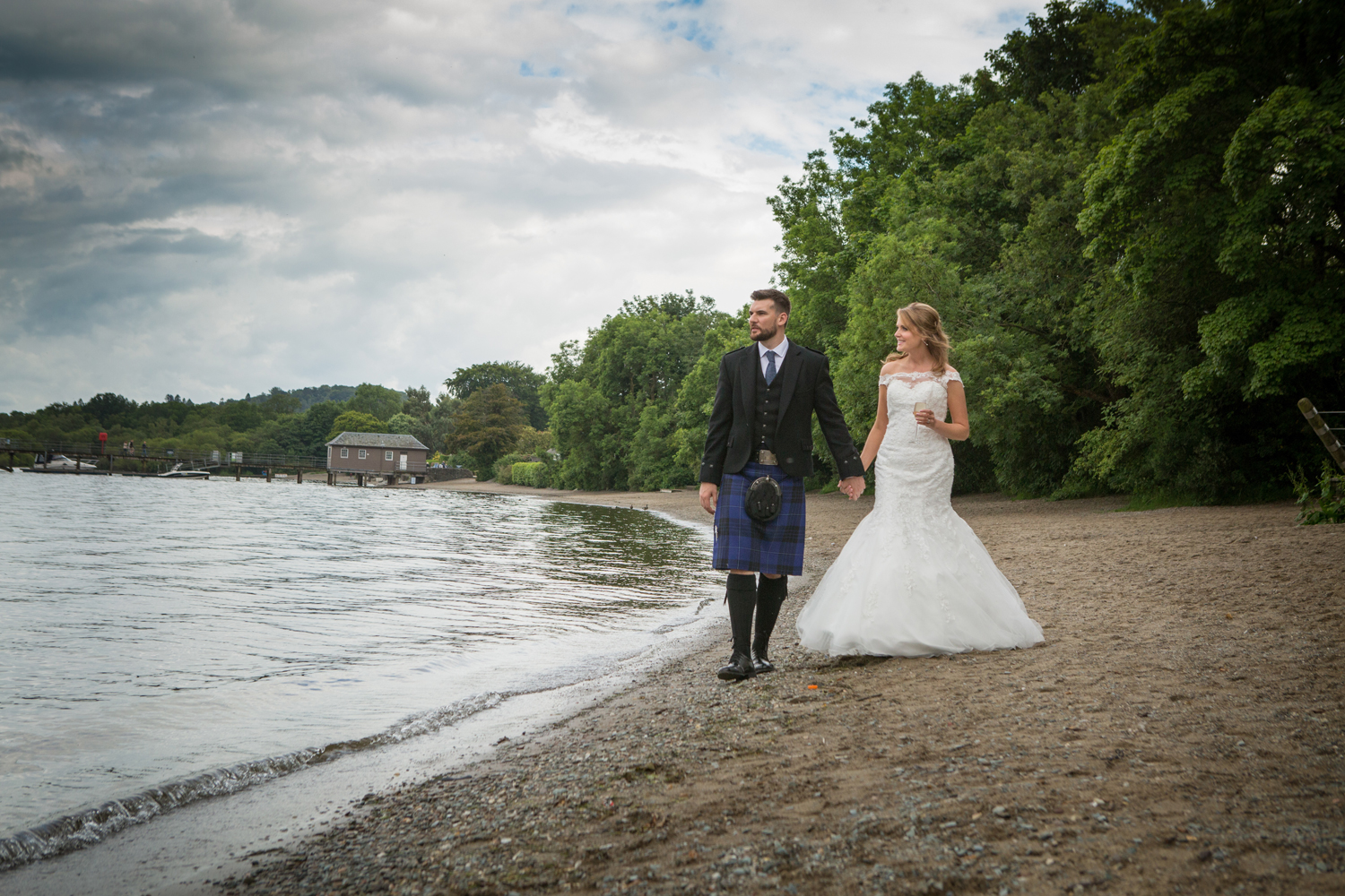 Wedding-photography-Lodge-on-The-Loch-017